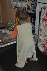 Top 1 Baby Game in rainy weather: The Dishwasher !